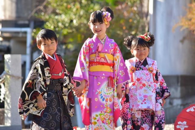 お子様の一大イベント、「七五三」を着物でお祝いしましょう!